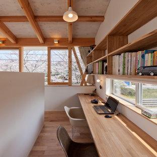 名古屋のカントリー風おしゃれなホームオフィス・仕事部屋の写真