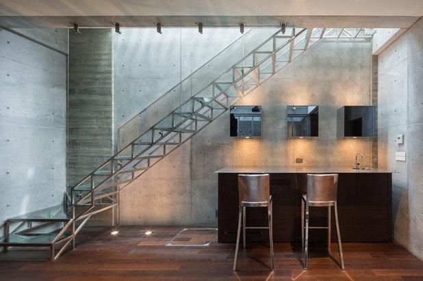 モダン ホームバー by 藤吉秀樹建築計画事務所|Fujiyoshi Hideki Architec't Inc.