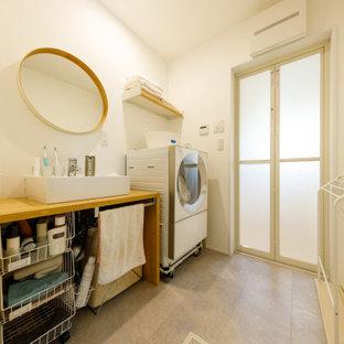 Bild på en industriell tvättstuga