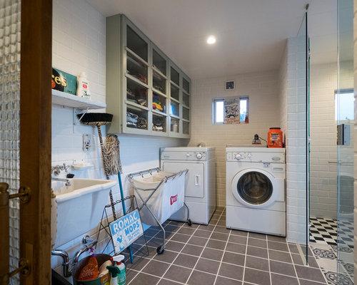 Foto e idee per lavanderie lavanderia mediterranea con pavimento