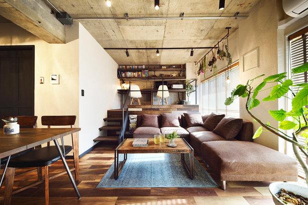 Industrial Living Room by LOHAS studio(ロハススタジオ)