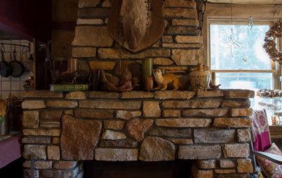 人が自然と集う、中心に暖炉のある家