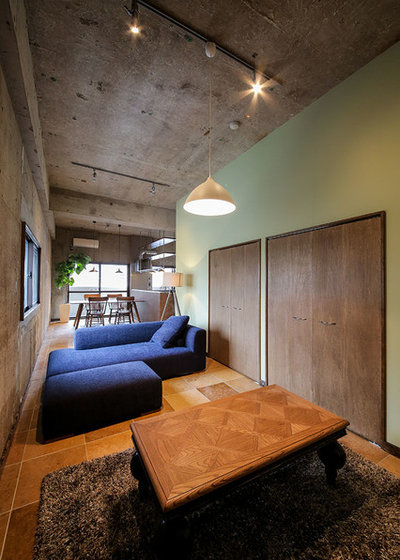 Industrial Living Room by 株式会社セポデザイン SEPO DESIGN INC.