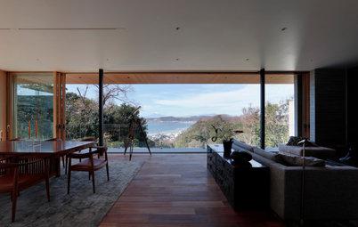 鎌倉の海と遠景に富士山を望む、和と洋をモダンに調和させた家