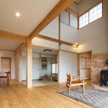 木と共にのびのび暮らす木組みの家