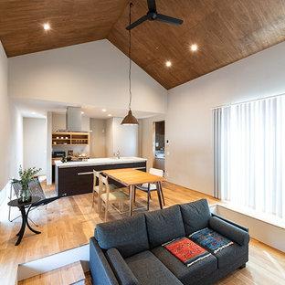 福岡のコンテンポラリースタイルのおしゃれなリビング (暖炉なし、ベージュの床) の写真
