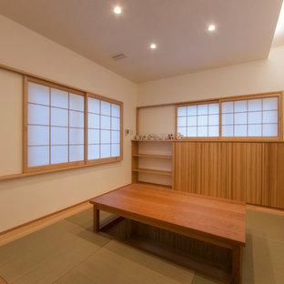 他の地域の和風のおしゃれな独立型リビング (フォーマル、白い壁、畳、暖炉なし) の写真