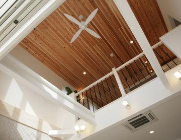 吹き抜け2階天井