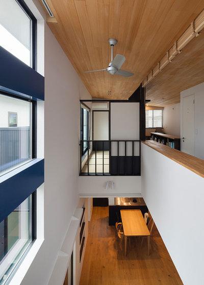 和室・和風 リビングルーム by 山岡建築研究所