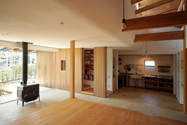 Asian Living Room by 木楽工房 Atelier Kiraku