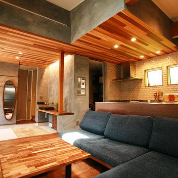 土間玄関と一体のリビングキッチン