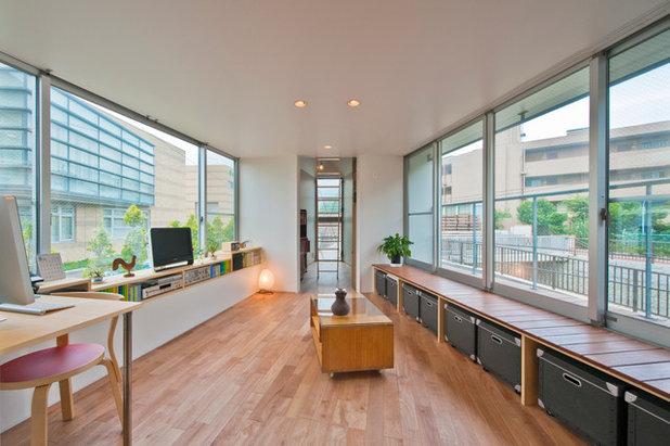 Moderno Salón by 一級建築士事務所 水石浩太建築設計室