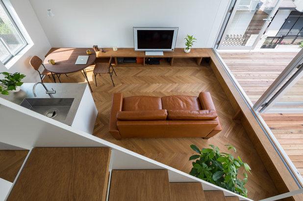 Modern Living Room by 山本卓郎建築設計事務所 TAKURO YAMAMOTO ARCHITECTS