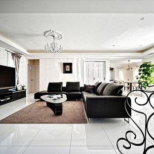 名古屋のトラディショナルスタイルのおしゃれなリビング (白い壁、大理石の床、白い床) の写真