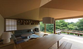 居間 Living room
