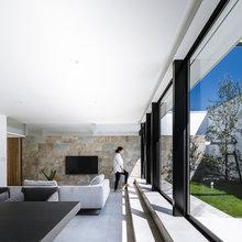 外部空間を贅沢に取り込む『中庭・コートハウス』