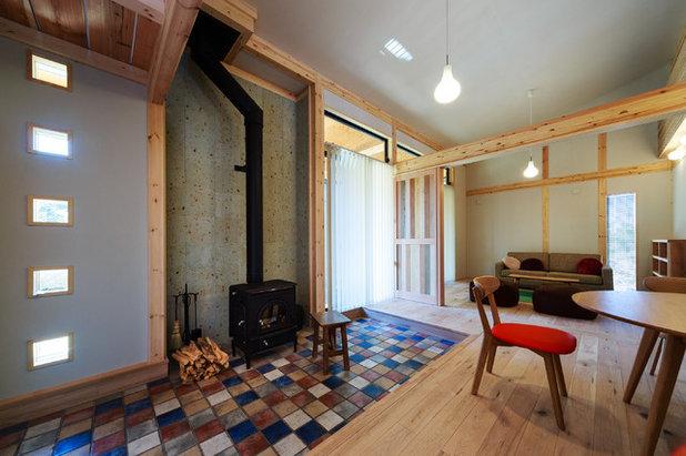 カントリー リビング 暖炉とお気に入りの家具に囲まれた別荘空間 設計・施工/株式会社住楽工房