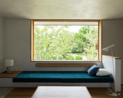 asiatische wohnzimmer mit wei en w nden ideen design. Black Bedroom Furniture Sets. Home Design Ideas
