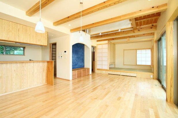 和室・和風 リビング by Team Bean 政建築設計事務所
