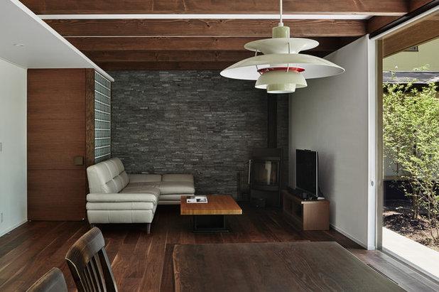 トラディショナル リビング by アトリエ137   atelier137 Architectural Design Office