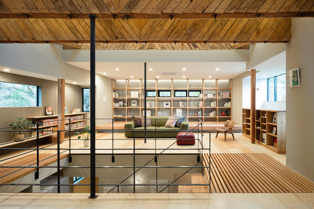 Asian Living Room by PUDDLE Inc