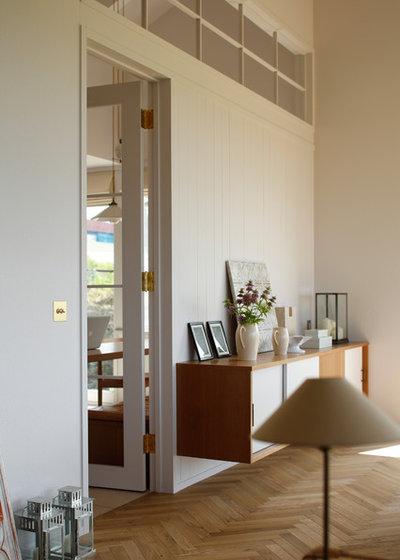 Mid-Century Wohnbereich by ATELIER O2