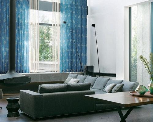 klassische wohnzimmer mit h ngekamin ideen design bilder houzz. Black Bedroom Furniture Sets. Home Design Ideas
