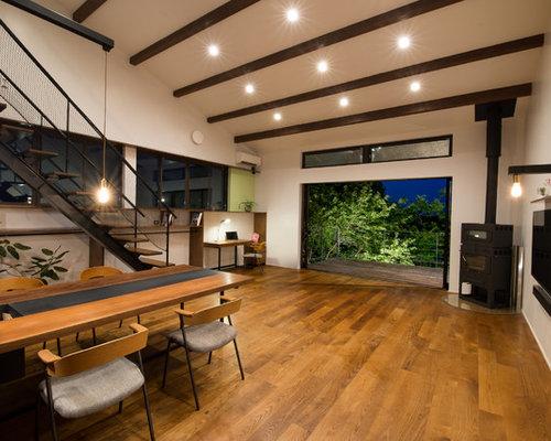 Salotto Moderno Con Camino Ad Angolo : Soggiorno moderno con camino ad angolo foto e idee per arredare