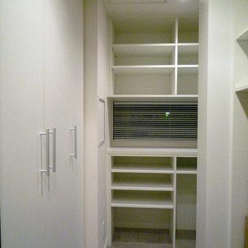 造作家具を駆使して収納を充実させた家!