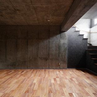 「音」に応える地下室