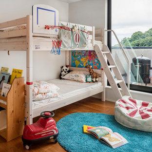 神戸のトランジショナルスタイルのおしゃれな子供部屋 (白い壁、無垢フローリング) の写真
