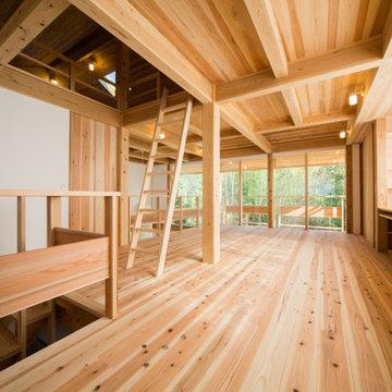 【木造真壁スキップハウス】2階 南面を望む