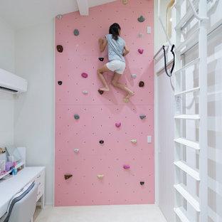 東京23区のコンテンポラリースタイルのおしゃれな子供部屋 (白い壁、児童向け、白い床) の写真