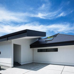 神戸のモダンスタイルのおしゃれな家の外観の写真