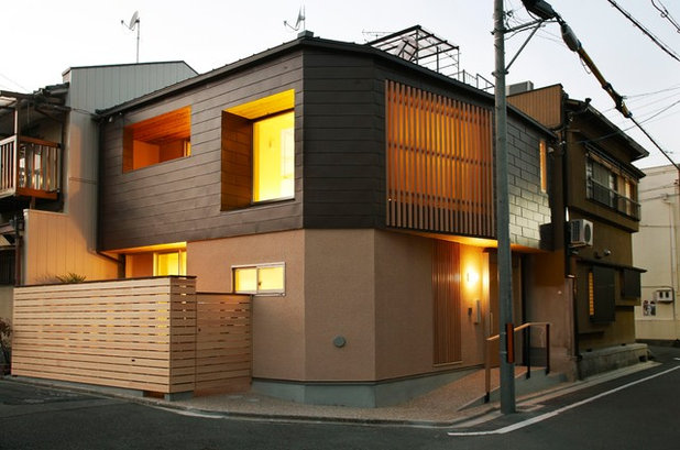 japanese exterior by - Modern Japan House