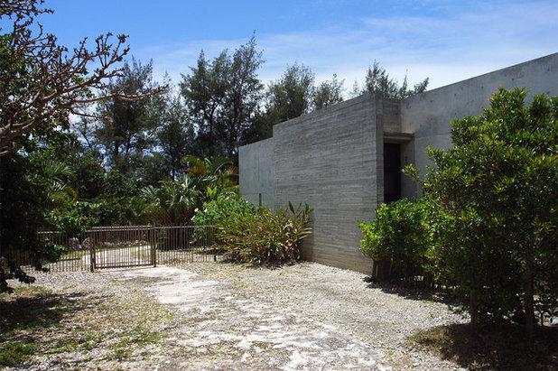 アジアン 家の外観 by 村上建築設計室