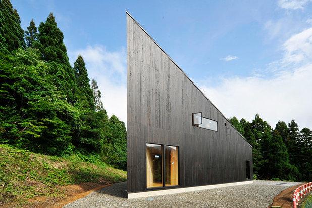 コンテンポラリー 家の外観 by 一級建築士事務所 山本想太郎設計アトリエ