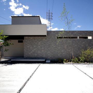 中庭が二つある家