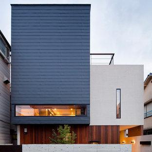 東京23区のコンテンポラリースタイルのおしゃれな家の外観 (マルチカラーの外壁) の写真