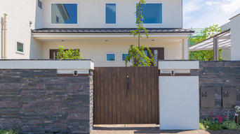 二世帯住宅(三世帯住宅)デザインと機能性を持たせたエクステリア