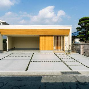他の地域のモダンスタイルのおしゃれな家の外観 (長方形) の写真