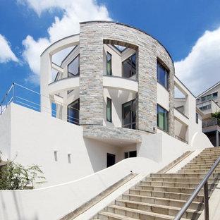 横浜のヴィクトリアン調のおしゃれな家の外観の写真