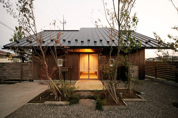 Asian Exterior by 木楽工房 Atelier Kiraku