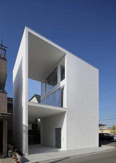 Modern Exterior by 山本卓郎建築設計事務所 TAKURO YAMAMOTO ARCHITECTS