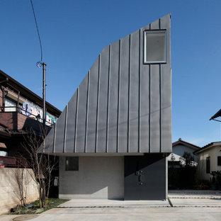 横浜の小さいモダンスタイルのおしゃれな家の外観の写真