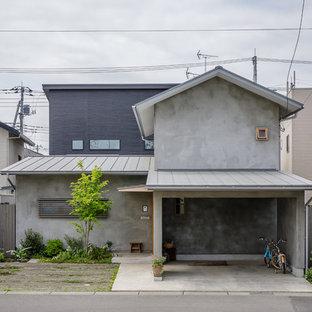 Modelo de fachada de casa gris, asiática, con tejado a dos aguas