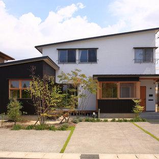 名古屋のモダンスタイルのおしゃれな白い家 (片流れ屋根) の写真