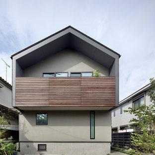 東京23区の小さい北欧スタイルのおしゃれな家の外観 (マルチカラーの外壁) の写真