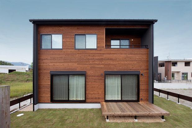 コンテンポラリー 家の外観 by 北山建築