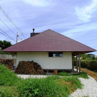 他の地域の和風のおしゃれな家の外観 (漆喰サイディング) の写真